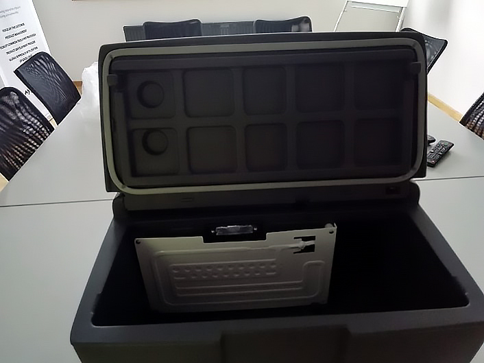 Dometic Waeco Mobicool Coolbox CS19 Scania Kompressor Kühlbox 24V 19L EEK A+
